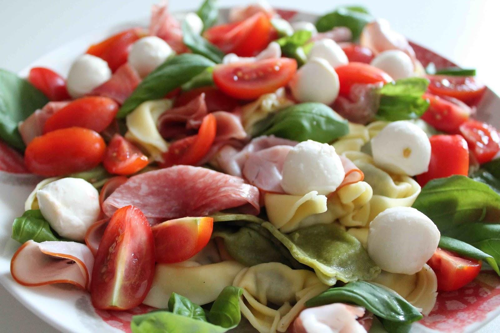 Färsk pasta med godsaker