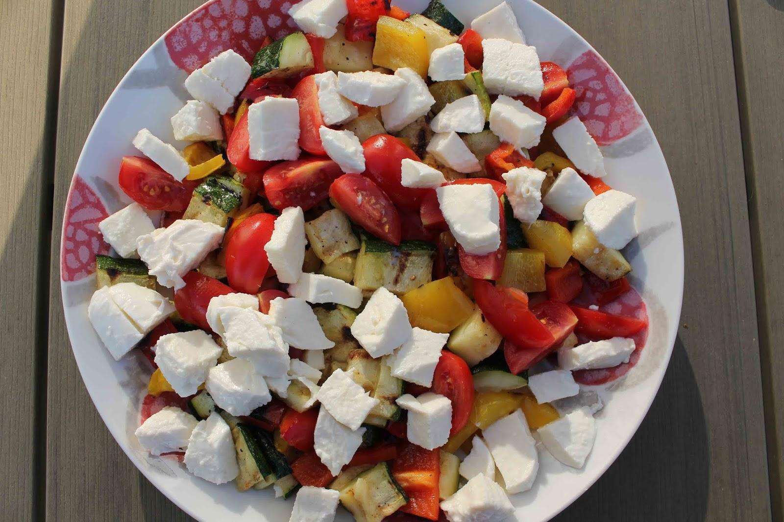 Grillade grönsaker med mozzarella