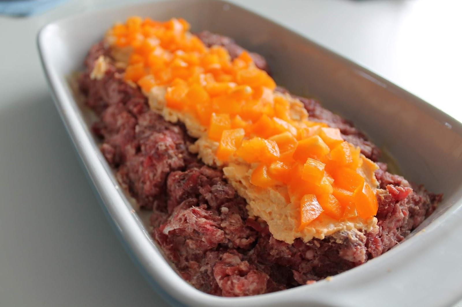 Ost- och paprikafylld köttfärslimpa