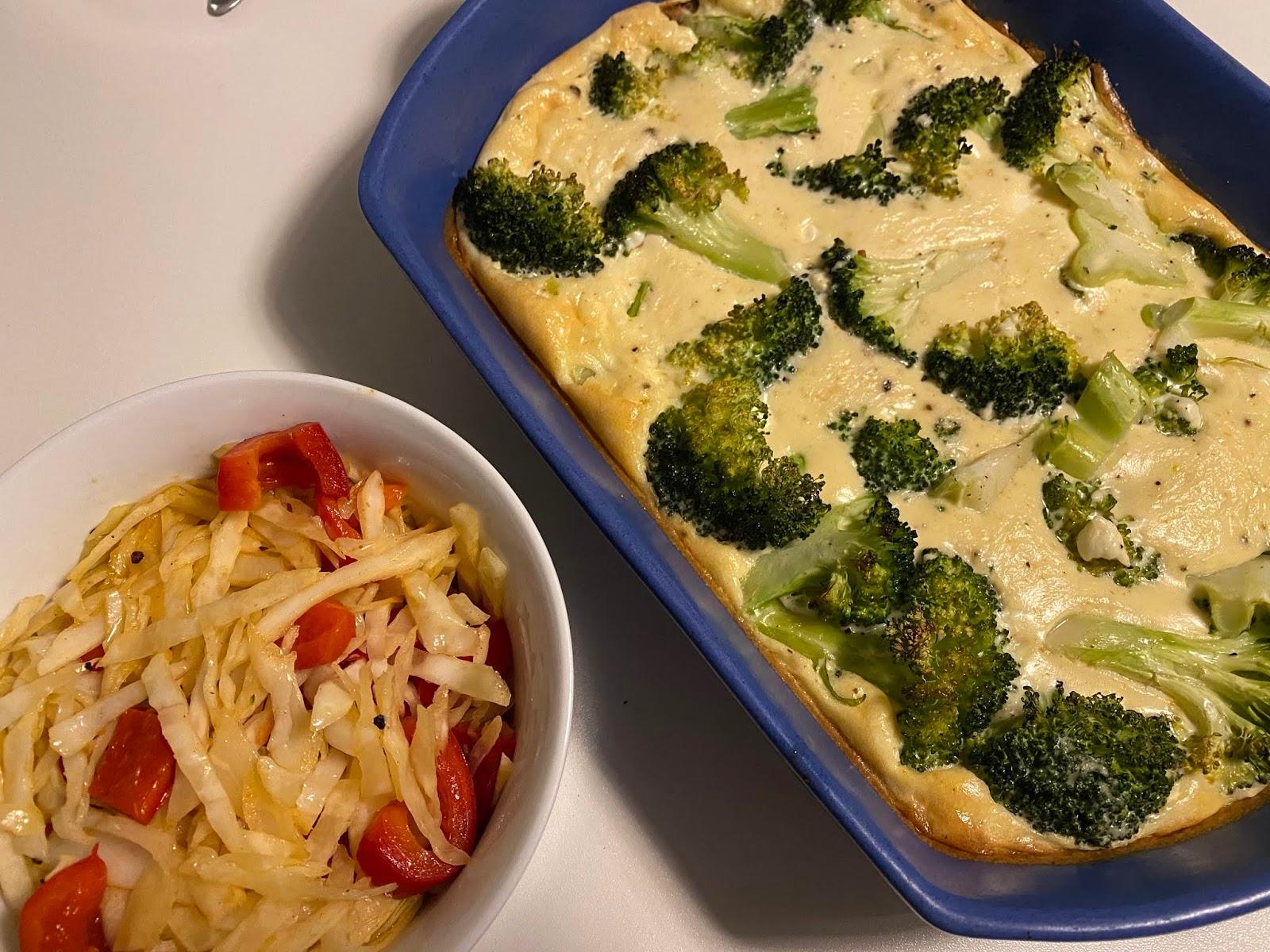 Broccoligratäng med stekt vitkål och paprika