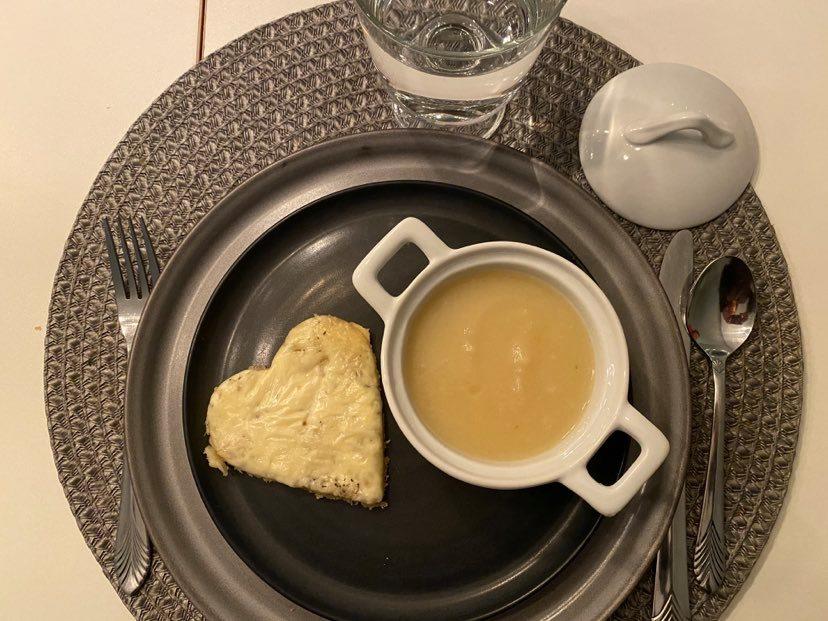 Rotselleri- och potatissoppa